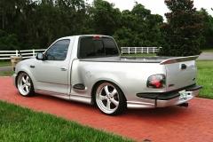 2000 SVT Lightning