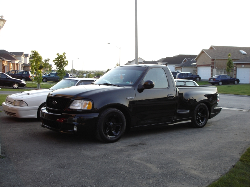 2000 Ford SVT Lightning